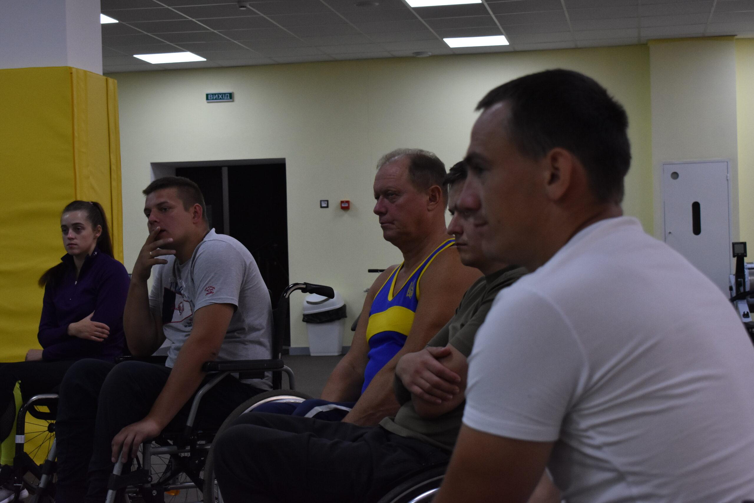А ми продовжуємо розповідати про перебіг реабілітаційно-спортивного збору для осіб, що отримали травму спинного мозку!